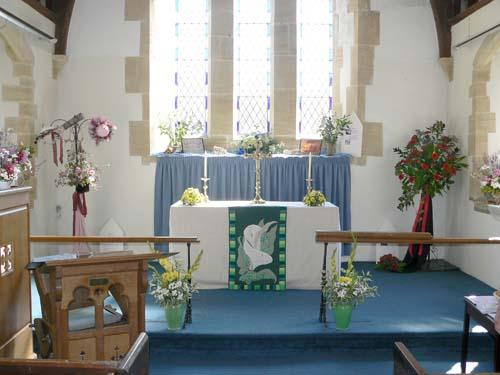General view of the altar display